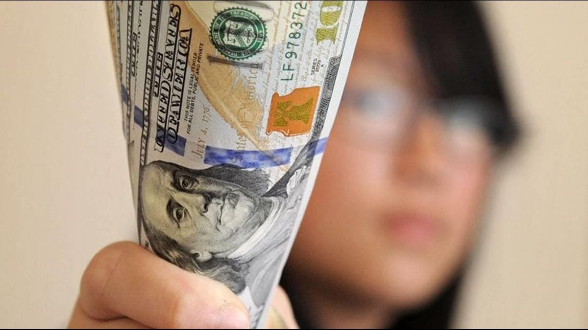 沒錢就別來!美國訂「貧富標準」阻擋經濟弱勢移民