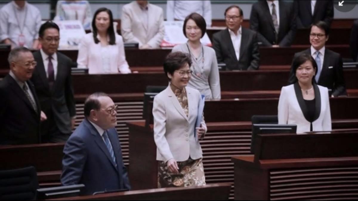 林鄭稱示威者為廢青?港公務員揚言罷工