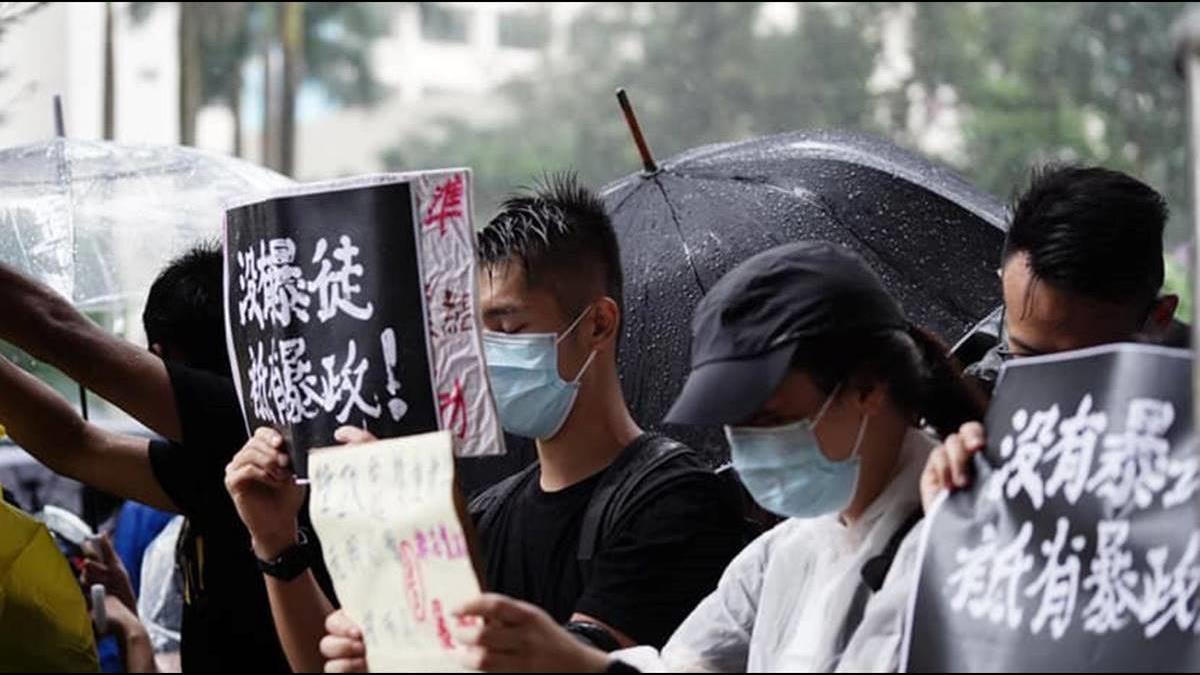 香港經濟內憂外患!Q3恐成負成長