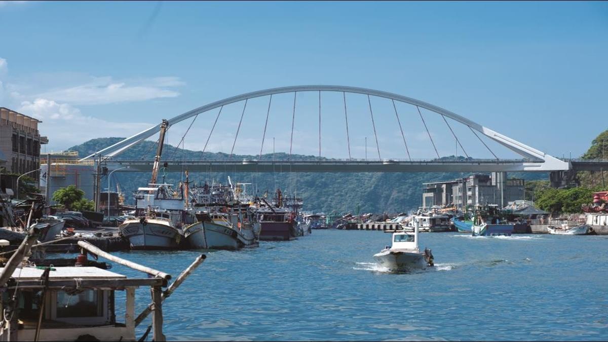 全世界唯二!南方澳跨港大橋亞洲首座雙叉式單拱橋