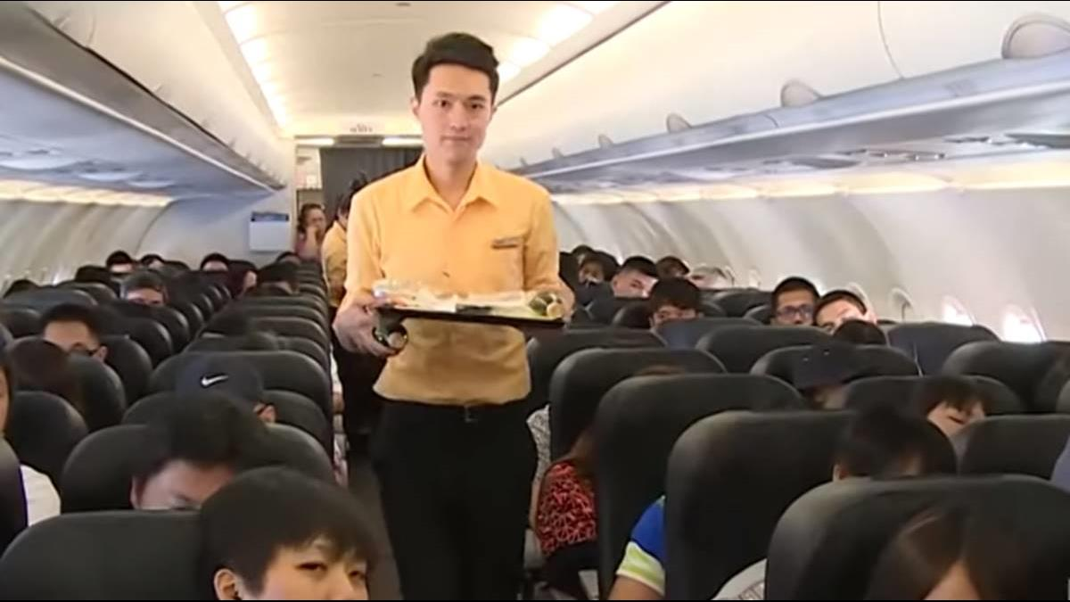 飛機餐浪費太多! K董張國煒祭「訂票先選餐」