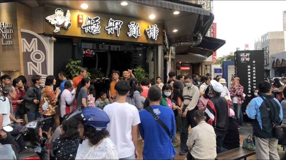 夜市小吃界霸主!台式炸雞紅遍新加坡