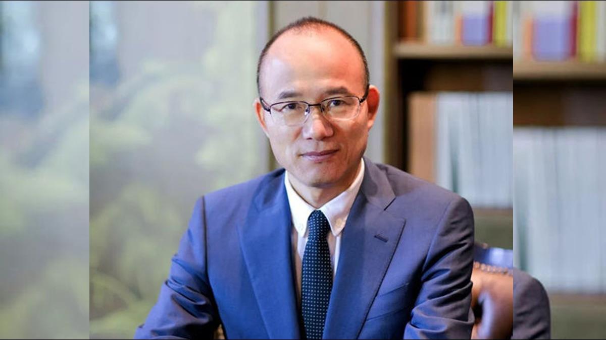 25歲賺到人生第一桶金!他靠投資好眼光成「中國巴菲特」