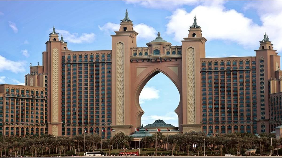 阿拉伯拚觀光 開放49國線上申請簽證!