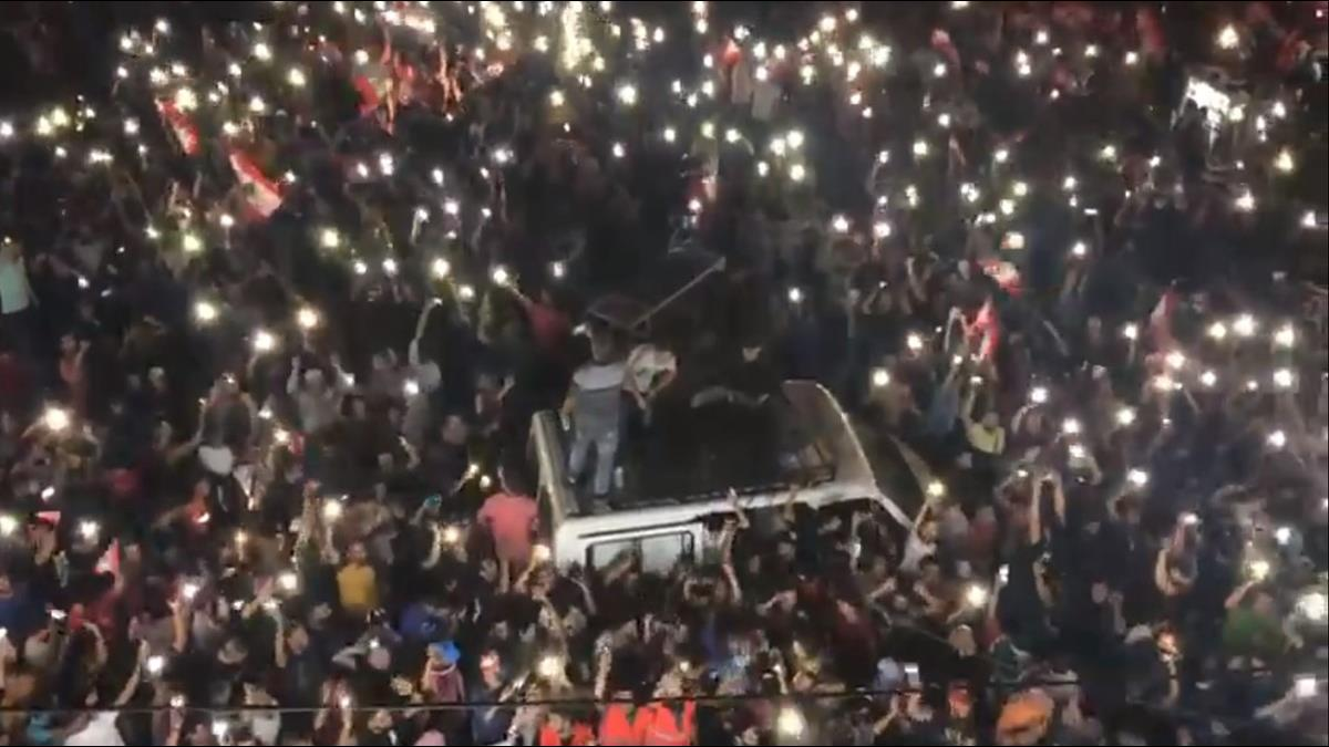 WhatsApp課稅讓黎巴嫩人怒了!抗議活動意外成嘉年華?