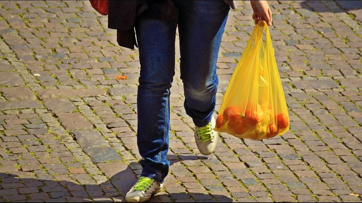 塑膠袋錯用58年?研發者:本來是為救地球