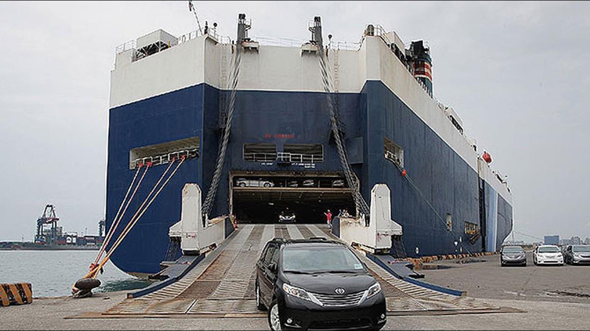 政府攔轎!你的BMW放港口半年變庫存 驗車牛步3方皆輸