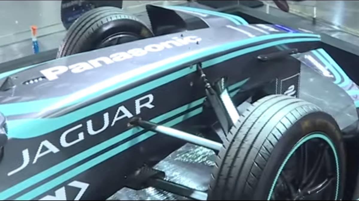 SUV成下一個戰場!Jaguar、BMW電動車亮相
