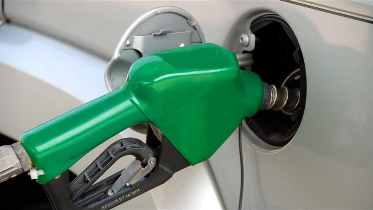 加油再等等!下週油價估大降7角延續到過年