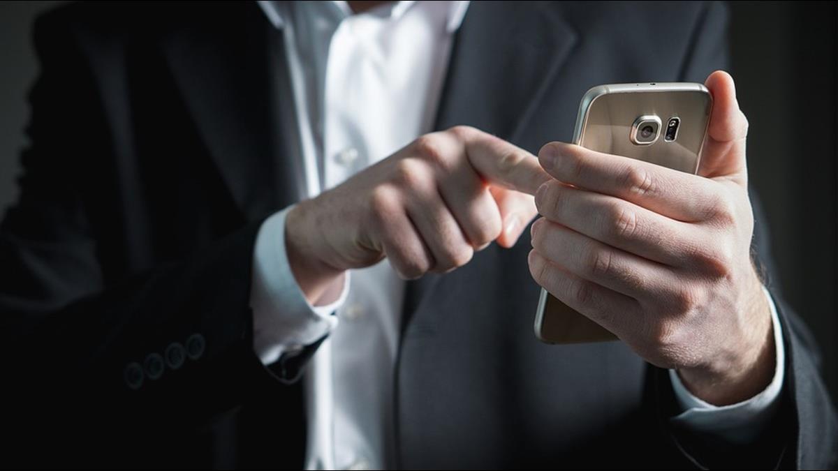 曾是大陸手機巨頭!沒趕上智慧型市場 今出貨量狂降84%