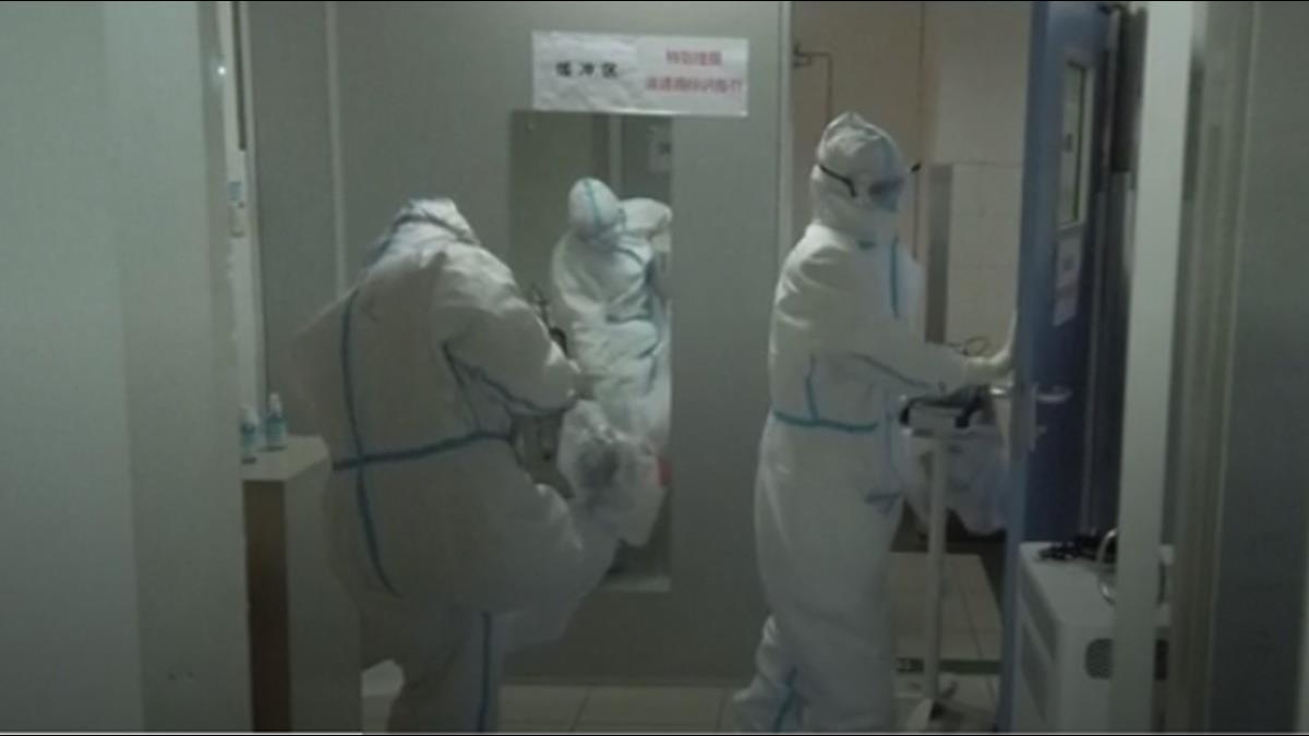 一晚接診200病患還要收屍 女醫師遭感染哭了