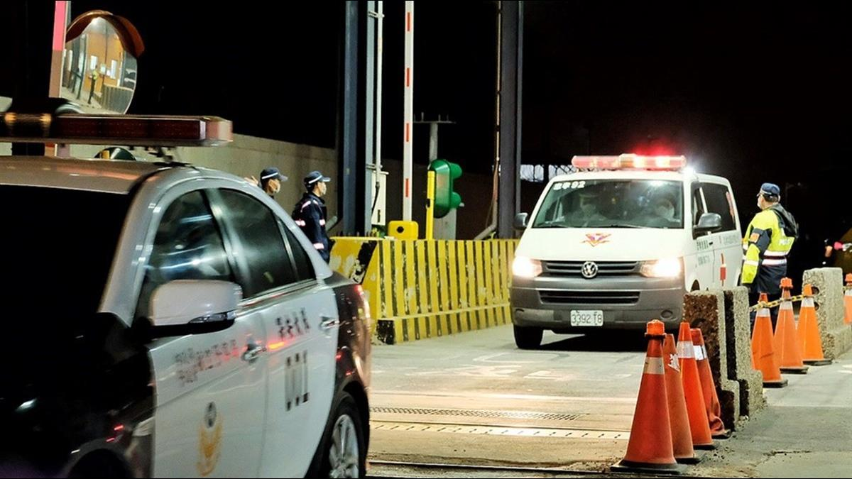 247武漢台商包機返國  5人送醫隔離 其餘送3處檢疫所