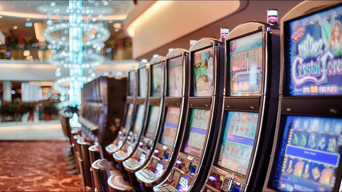 防疫升級! 澳門下令賭場停業半月 賭王公司恐虧逾50億