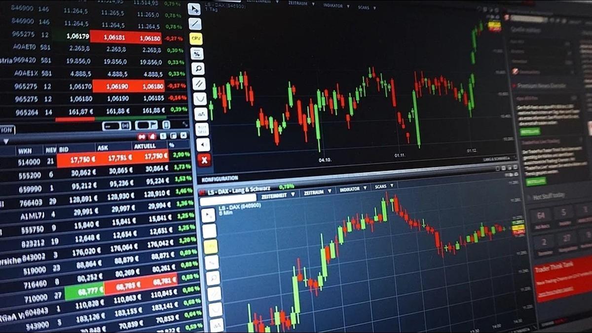 疫情延燒股市震盪 專家:還是定時定額最好