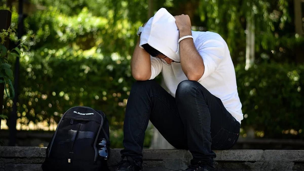 哥哥狂欠債遭黑道恐嚇 她含淚還錢:若出事是我害的