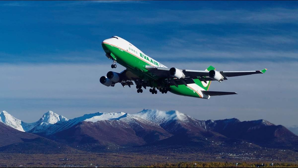 長榮航空專案事假進階版  地勤每休3日1日給薪