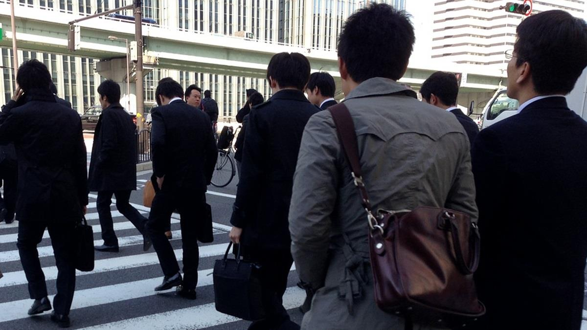 最窮時刻來了?日本經濟專家:未來一個月將有77萬人失業