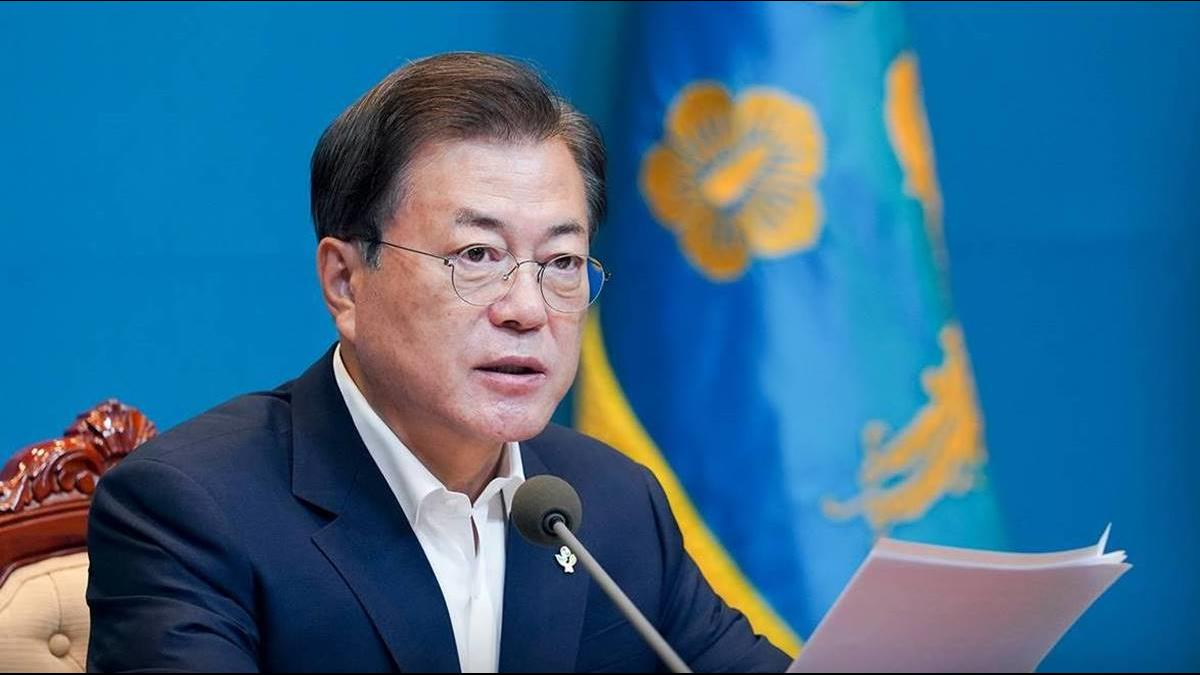 北韓最新報復行動曝! 在文在寅臉上丟菸蒂 打包空飄回敬南韓
