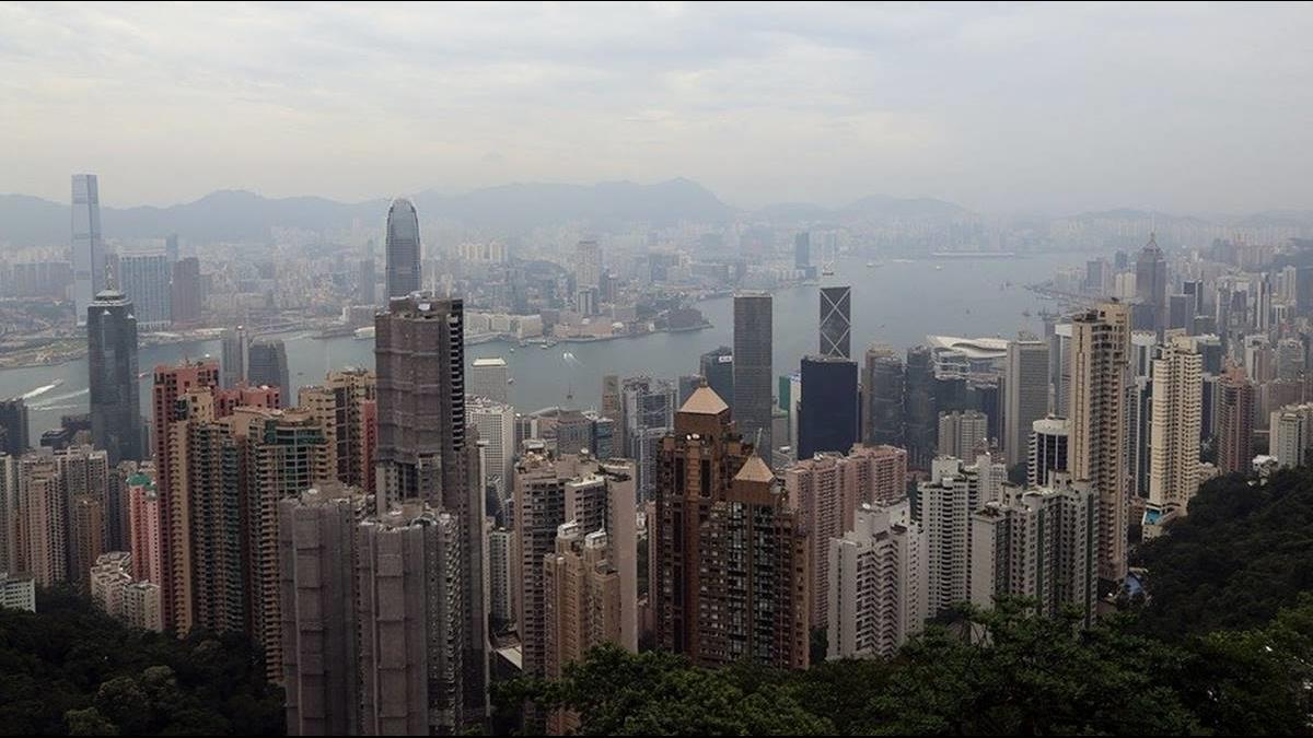 香港疫情再爆多處群聚感染 限聚令恐再收緊