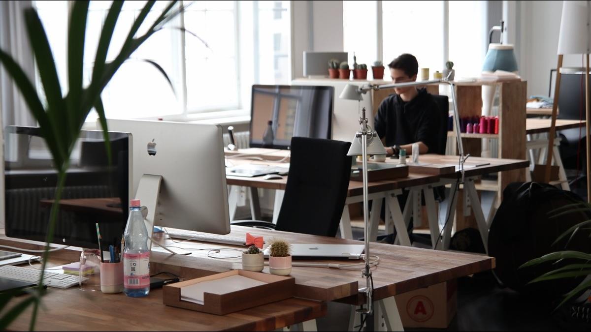 遠距工作成趨勢 未來的職場 人才不必擠在都會區生活
