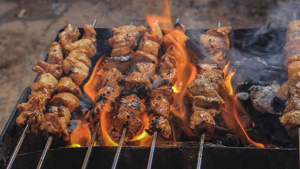 肉串吃剩可以退!燒烤店「高溫消毒」再賣出 顧客大讚:味道很不錯