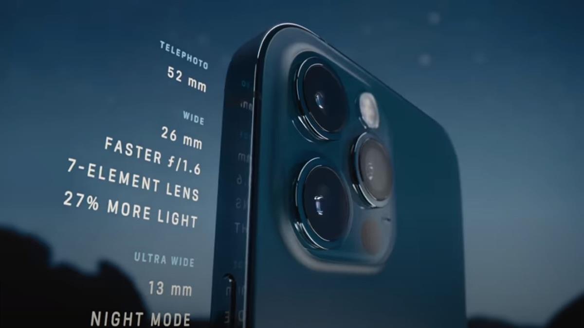 iPhone 12系列今開賣 頭香姐上週六就來排隊