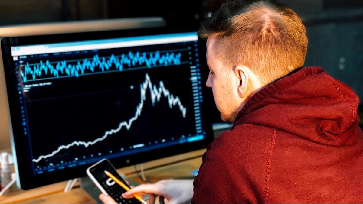 投資穩穩賺!?選對市場、方法、高股息龍頭股成關鍵!?不只月月配!元大高股息優質龍頭基金 年配息最多13次